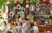 Dzieci z przedszkola im. św. Ojca Pio z wizytą kolędniczą w DPS